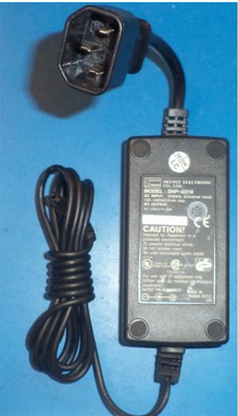 NEW SKYNET ELECTRONICS SNP-Q316 5V 2A AC POWER ADAPTER